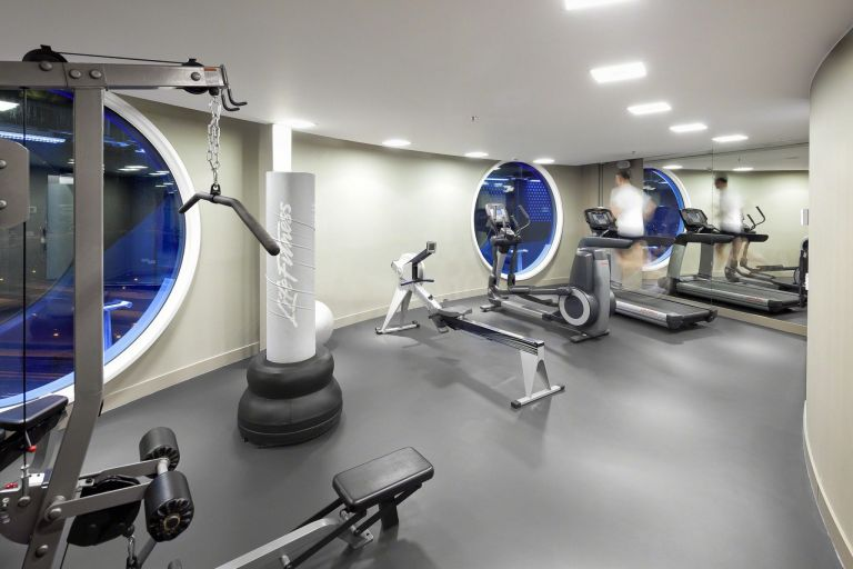 Life Fitness equipment in the luxury design hotel gives an all-round feeling of wellness.