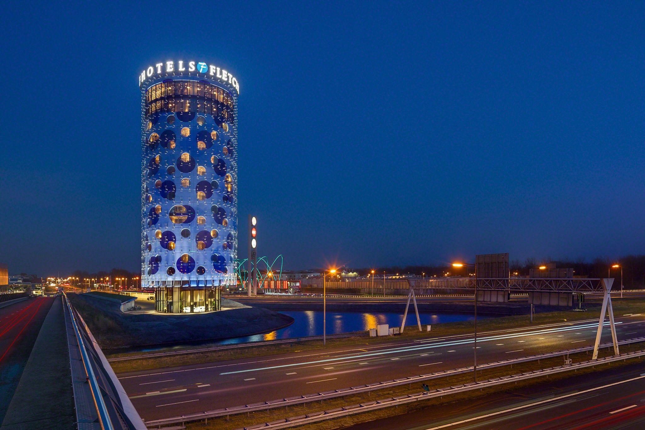 Interior designer Robert Kolenik created the entire hotel interior design for the Fletcher hotel in Amsterdam in collaboration with Benthem Crouwel Architects.